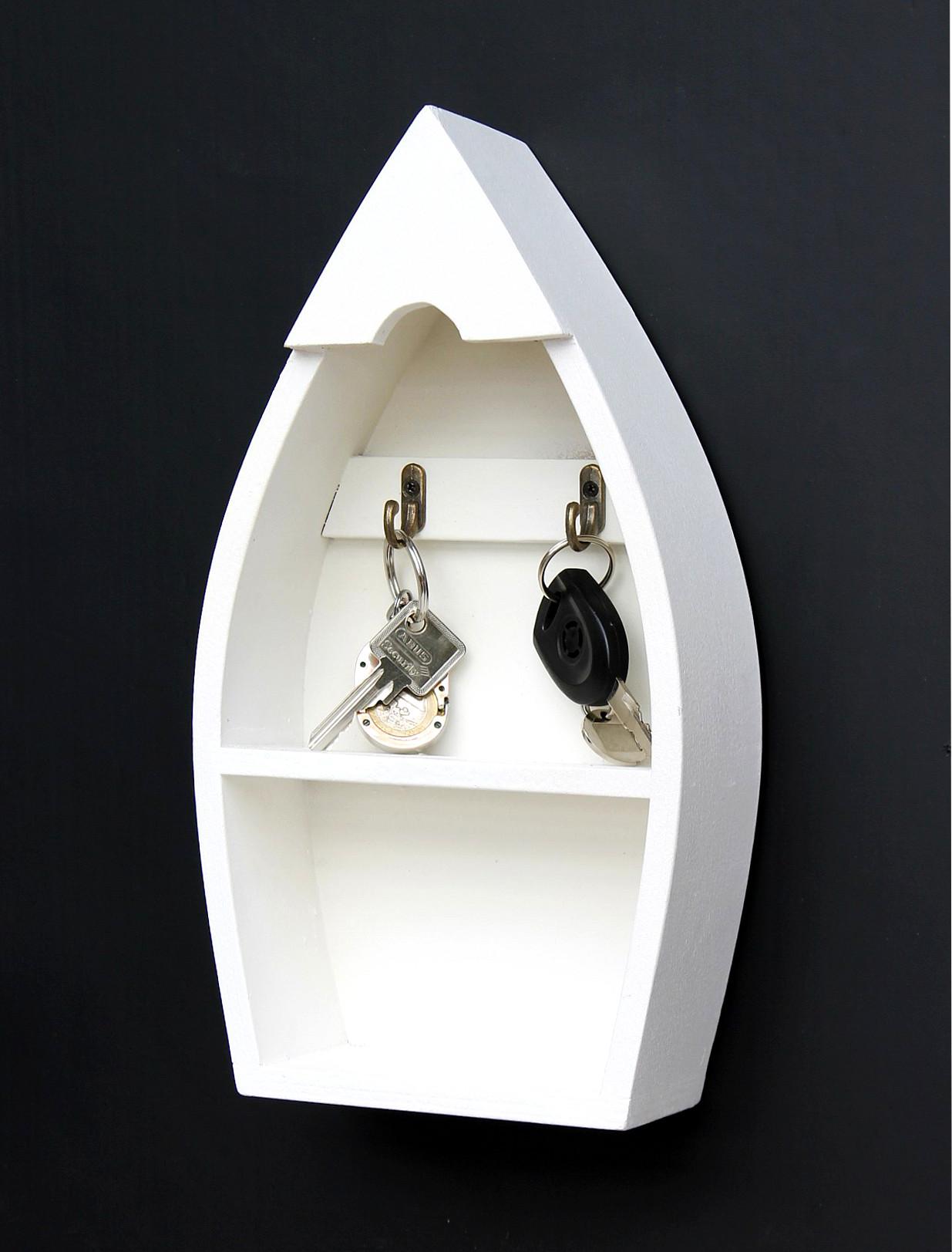 schl sselboard mit ablage boot 93541 s schl sselhaken. Black Bedroom Furniture Sets. Home Design Ideas