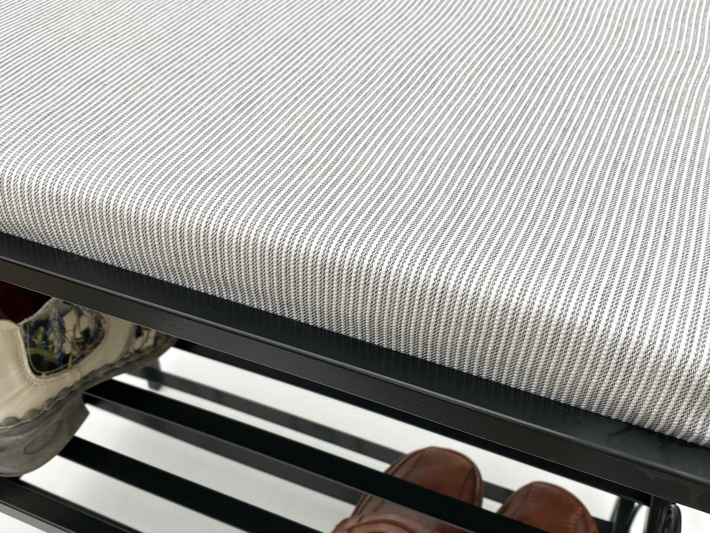 schuhregal mit sitzbank kw086 bank 60cm schuhschrank aus metall schuhablage 4260407935336 ebay. Black Bedroom Furniture Sets. Home Design Ideas